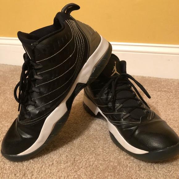 cheap for discount 94be0 d848a Nike Jordan Men s Velocity Basketball Shoe. M 5c79f109aa5719e689687560